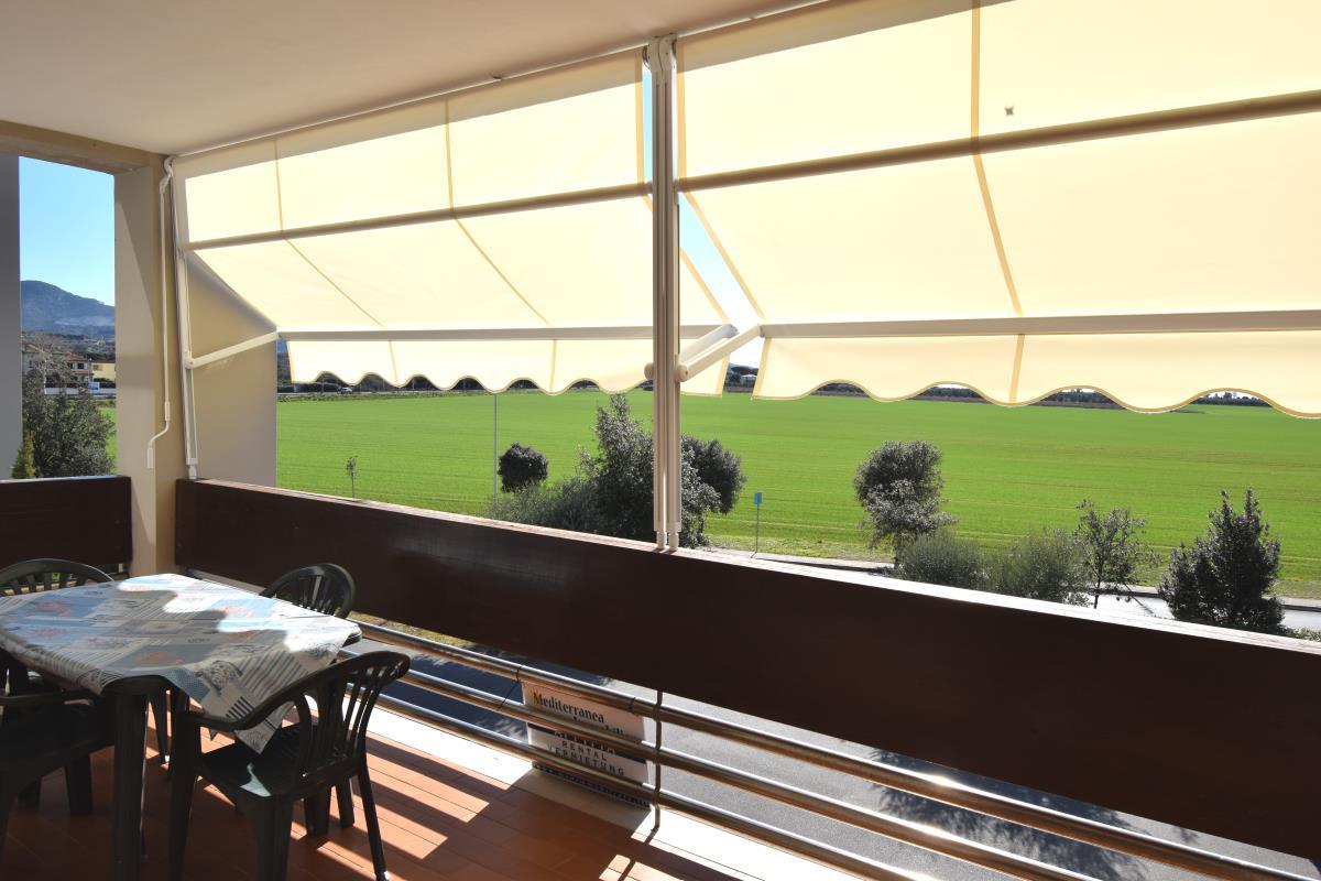 Bagno Mediterraneo San Vincenzo : Agenzia immobiliare per affitti estivi e vendite a san vincenzo